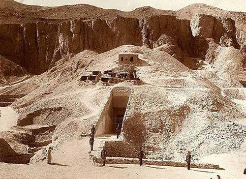 Esterno della Tomba Del Re Tutankhamon - 1924