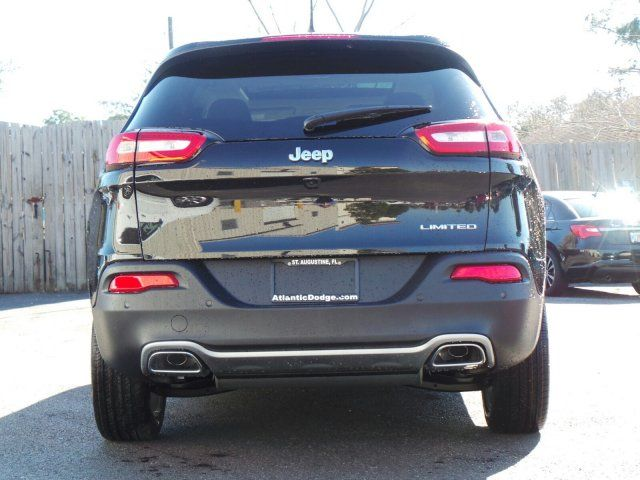 2016 Jeep Cherokee Limited - Rear