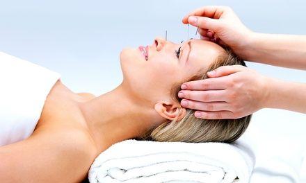 Nach einer Anamnese werden 30-minütige Akupunktur, eine Moxa- und Infrarot-Behandlung sowie eine Schröpfmassage durchgeführt