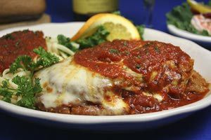 Chicken Parmesan - Steve Manson/E+/Getty Images