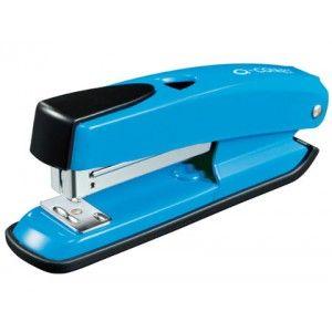Grapadora de plástico ABS con mecanismo metálico muy economica.  Capacidad de grapado 20 hojas  Profundidad de entrada del papel de 5,5 mm del borde de la hoja.  Usa grapas 22/6 - 24/6   Color azul