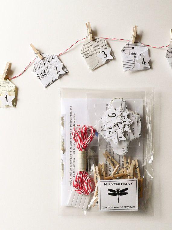DIY Advent Calendar Kit  create your own garland with by newnanc, $15.00: Minis Christmas, Christmas Diy, Diy Kits, Christmas Envelopes, 25 Minis, Calendar Kits, Advent Calendar, Diy Advent, Christmas Ideas