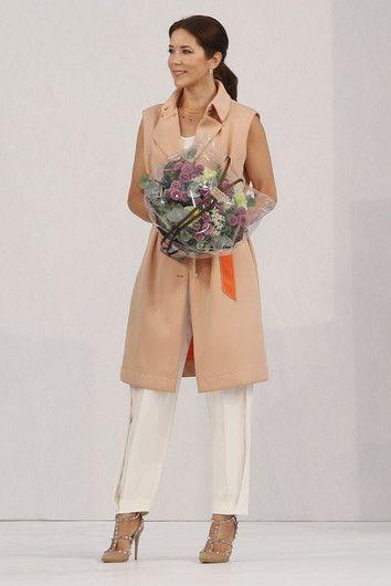 У Кейт Миддлтон есть конкурентка: роскошный стиль принцессы Мэри Датской: У Кейт Миддлтон есть конкурентка: роскошный стиль принцессы Мэри Датской Фото | Фотографии