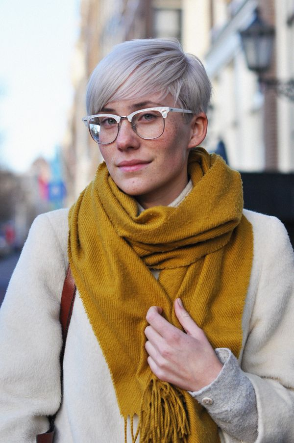 Street Style - Mother of pearl (?) frame.