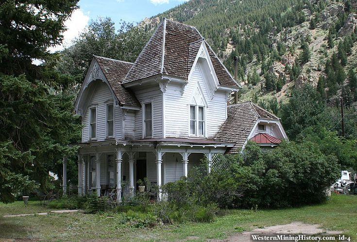 26 best exterior gothic revival images on pinterest for Gothic revival farmhouse