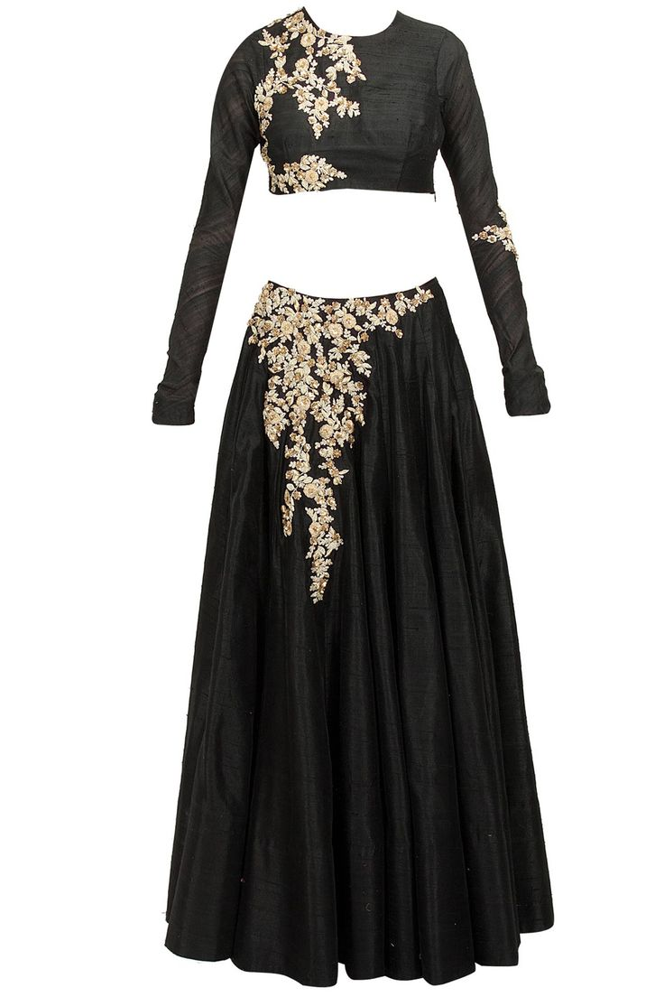 Black embellished lehenga set by RIDHI MEHRA, at perniaspopupshop.com #perniaspopupshop #clothes #womensfashion #love #indiandesigner #RIDHIMEHRA #happyshopping #sexy #chic #fabulous #PerniasPopUpShop #ethnic #indian