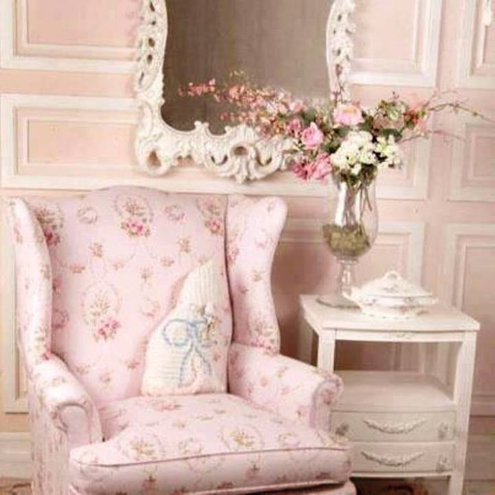 shabby chic pretty in pink pinterest shabby cottage chic and interiors. Black Bedroom Furniture Sets. Home Design Ideas
