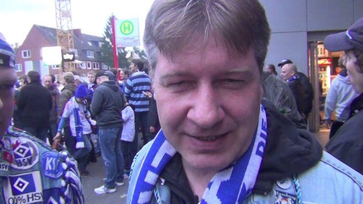 Drei HSV Fans aus Elmshorn geben ein Interview nach dem Spiel gegen den Vfb Stuttgart