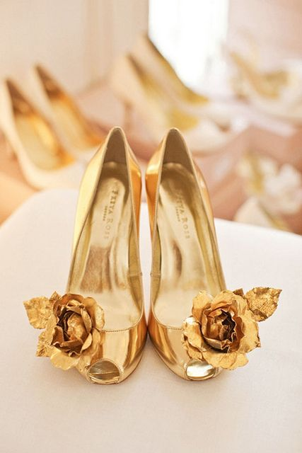 {fashion inspiration : shoes, shoes, shoes} by {this is glamorous}, via Flickr