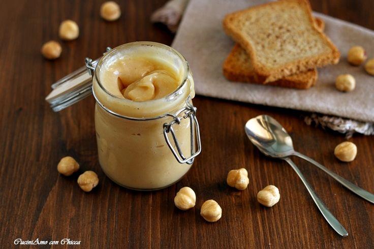 Come preparare un'ottima NUTELLA BIANCA ..Buonissima e peccaminosa ricetta con e senza bimby