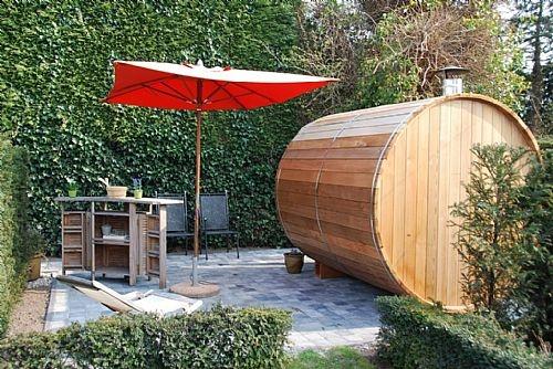 Saunabarrel 240cm in Western Red Cedar bij Hotel Rubens in De Haan