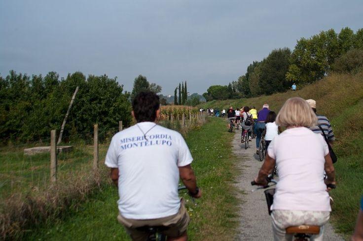 Staffetta delle associazioni, pedalando alla scoperta del territorio. Foto by Fotolupo