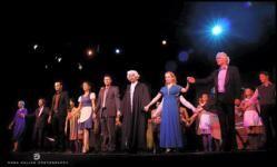 Egy kis érdekességként, hogy lássátok még most is arat sikereket ez a mű!:) Édes Anna - Óriási siker és vastaps a premieren