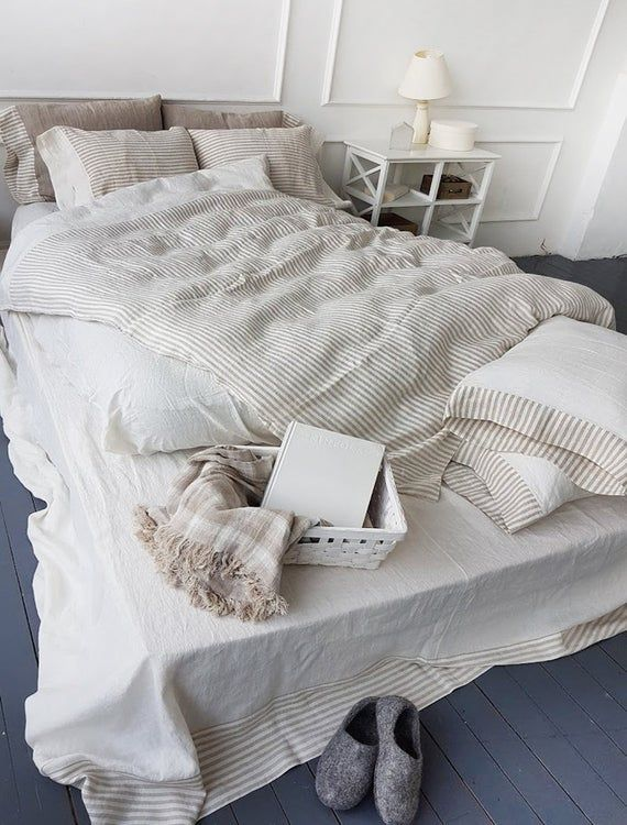 Reversible Linen Duvet Cover In Off White And Striped Natural Etsy Bed Linen Sets Duvet Sets Linen Duvet Covers