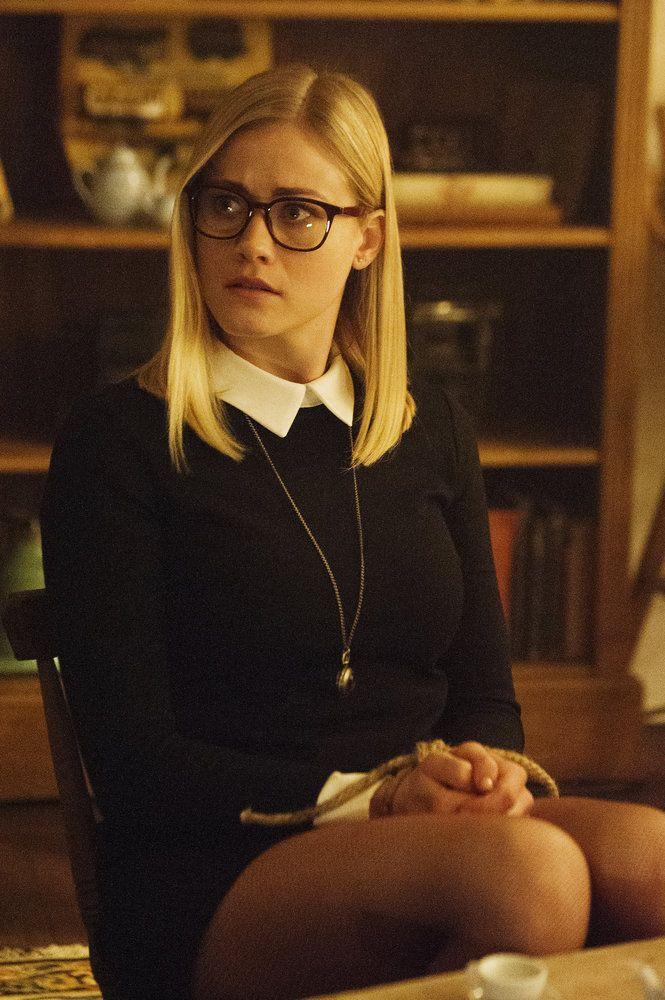 Olivia Taylor Dudley - as  Alice Quinn - in the Magicians (SyFy Chanel Series 2015-)