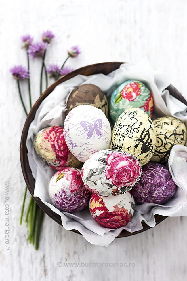 Oua pentru Paste decorate cu tehnica servetelului. Metoda pas cu pas, in imagini.