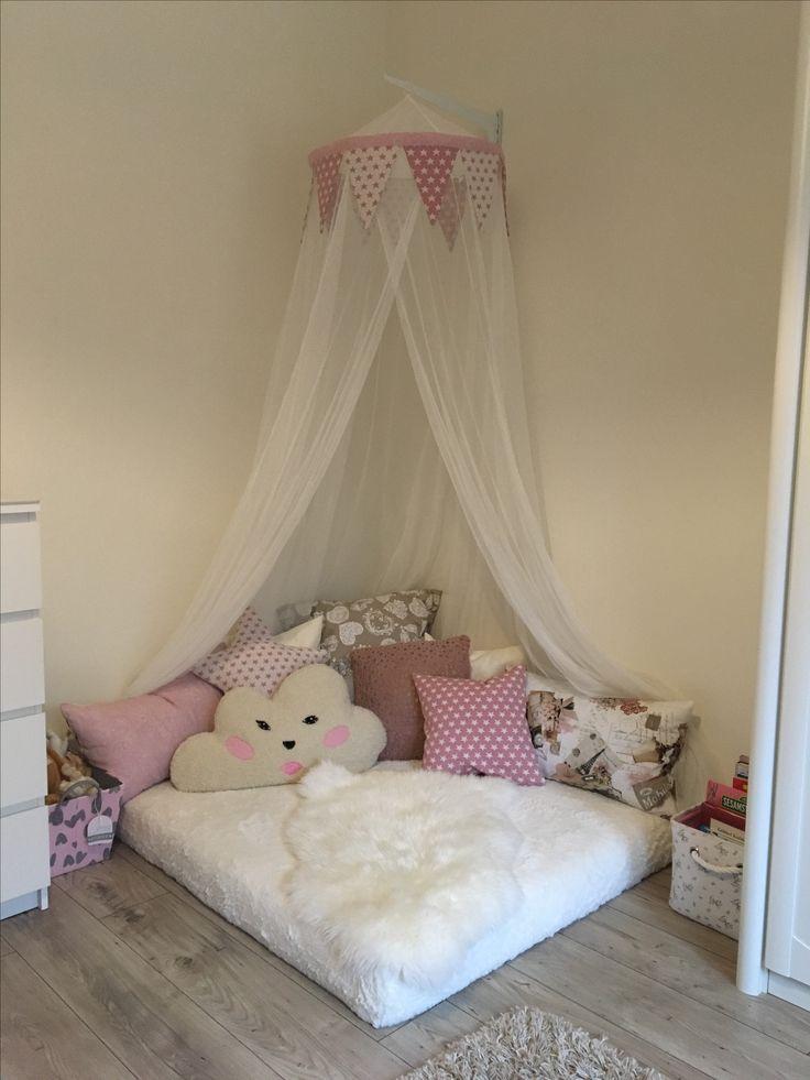 kuschelecke f r kleine m dchen selbstgemachte. Black Bedroom Furniture Sets. Home Design Ideas