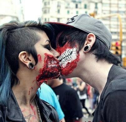 The walking dead kissing - Heart Our Style - alternative cool couple ear gauge halloween kissing love mask paint piercing scary skull zombie