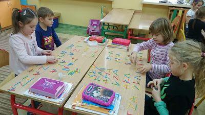 Patyczki i liczba 3 ~ Zamiast kserówki. Edukacyjne gry i zabawy dla dzieci.