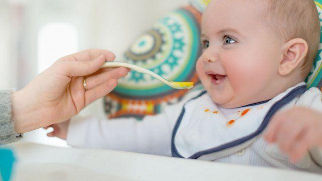 En 2013, plusieurs groupes d'experts ont modifié leurs recommandations à l'égard de l'ordre d'introduction des aliments solides qui s'avère beaucoup plus simple. Regard sur ces nouvelles références.