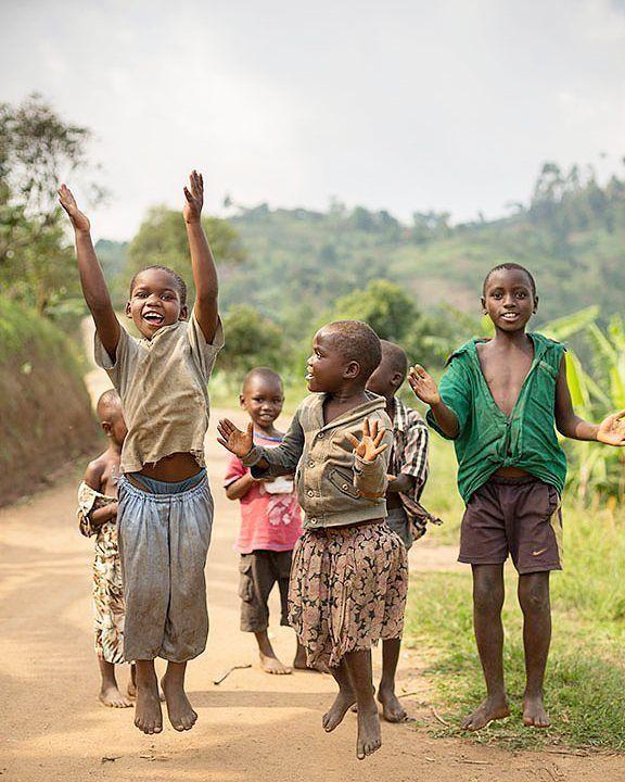 Photo© @lyell_shoots (Location: Uganda)