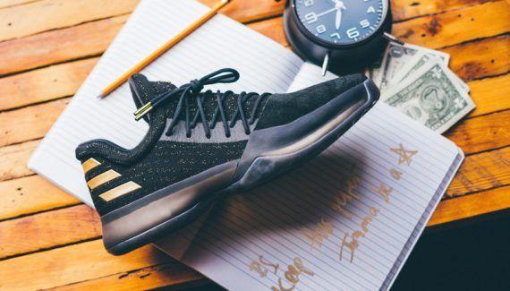 Adidas : le premier coloris de la Harden 1 arrive dès le 23 novembre -  Alors qu'on pensait qu'il faudrait attendre décembre pour mettre la main sur la première chaussure signature de James Harden, le premier coloris sera finalement sur les étalages dès le 23… Lire la suite»  http://www.basketusa.com/wp-content/uploads/2016/11/455711-570x325.jpg - Par http://www.78682homes.com/adidas-le-premier-coloris-de-la-harden-1-