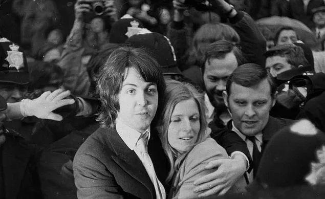 Paul McCartney ve Linda Eastman (12 Mart 1969)