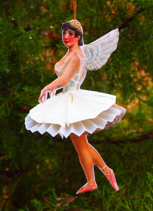 Paper Ballerina Ornament DIY by My Very Educated Mother: Tutorials, Christmas Crafts, Education Mothers, Paper Dolls, Ballerinas Ornaments, Diy Ornaments, Ornaments Diy, Paper Ballerinas, Christmas Ornaments