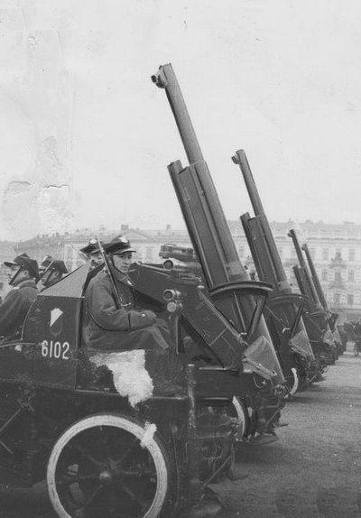 75mm Samobieżne Działo przeciwlotnicze Dion Bouton wz.18/24
