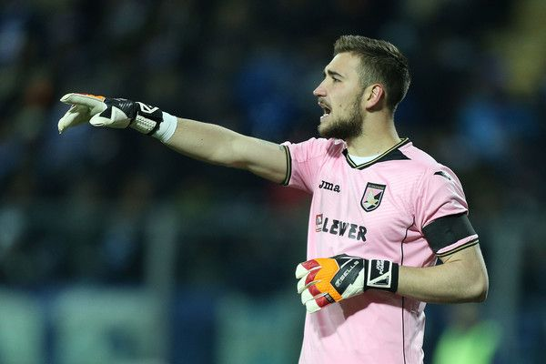 Josip Posavec of US Citta' di Palermo in action during the Serie A match between Empoli FC and US Citta di Palermo at Stadio Carlo Castellani on January 7, 2017 in Empoli, Italy.