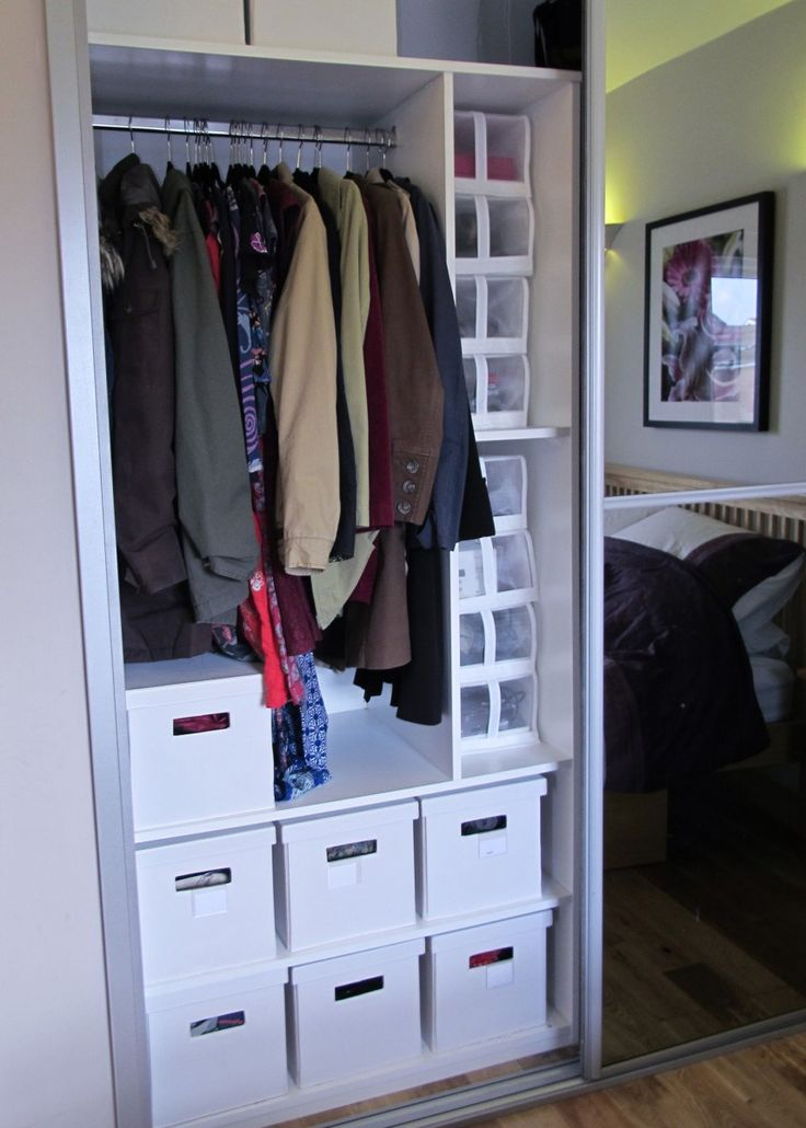 Decluttered house, decluttered head. I'm on a mission to declutter at the moment maybe it the Spring Cleaning bug. It really helps me feel better and as I work from home make life better!