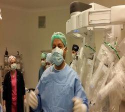 Dünyanın en gelişmiş Robotik Cerrahi Sistemi Da Vinci Xi artık parmaklarımın ucunda...:))