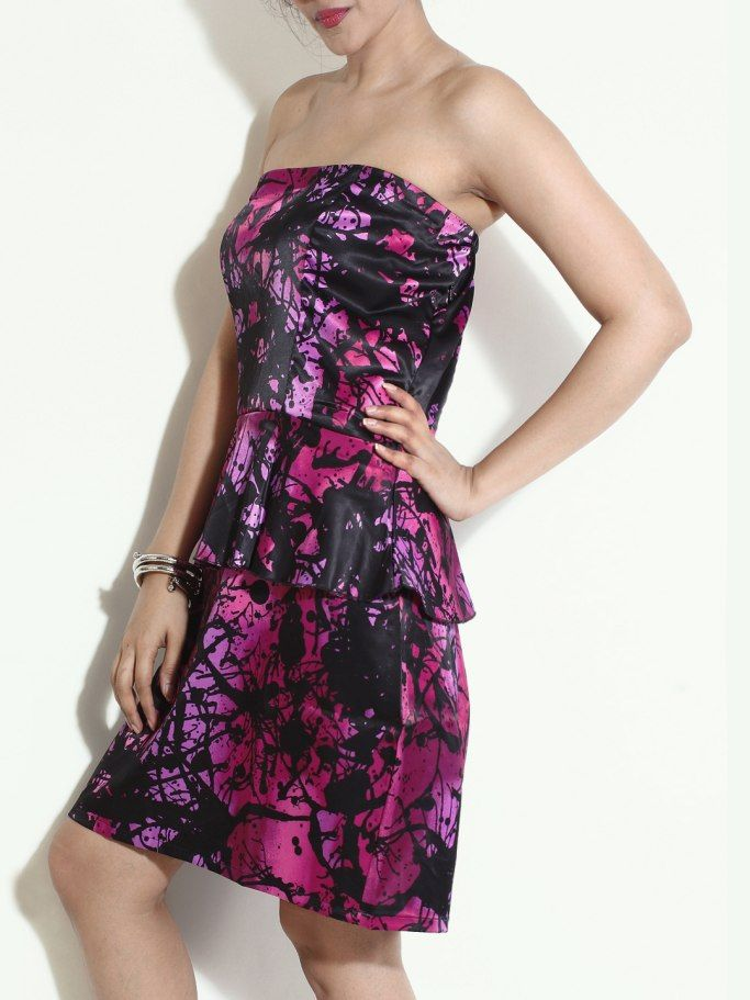 Pink & Purple dress that adds shimmers to your weekend blast. If this is your favorite Globus Outfit repin it and create a board 'My Favorite Globus Outfit' and tell us why you love Globus to stand a chance to win. Do send us a link in the comment box or tweet to us using #MyFavoriteGlobusOutfit to @StyleWithGlobus.