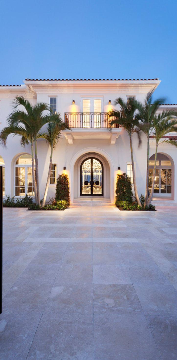 25 best ideas about mediterranean homes plans on for Mediterranean villa architecture
