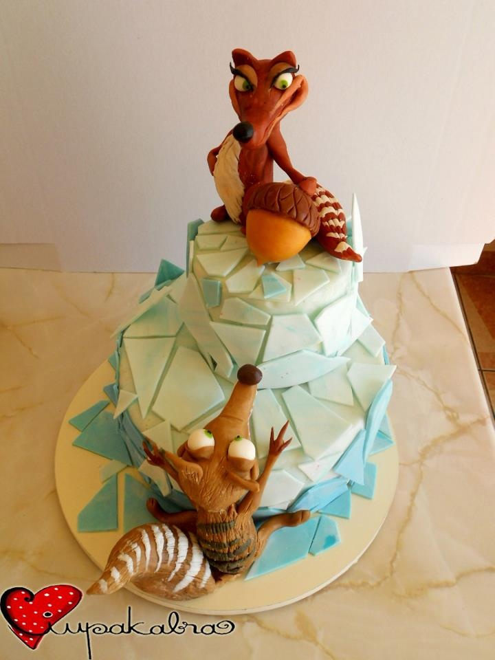 ice age cake.scrat topper.ciupakabra cakes ((Okay, I really want this cake! It's too cute.))
