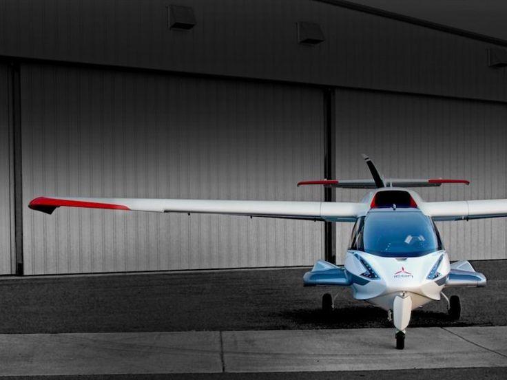 """""""Das Icon A5 Sportflugzeug hat erfolgreich des FAA Zertifikat bestanden."""""""