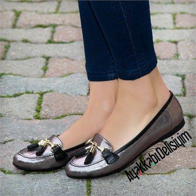Mistel Parlak Gri Babet Ayakkabı #grey #silver #flat #shoes