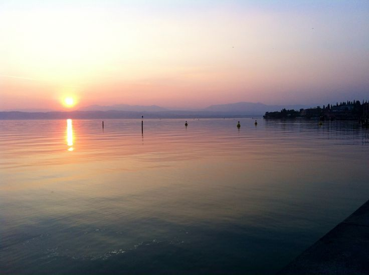 Sunset at the Harbour @ Sirmione