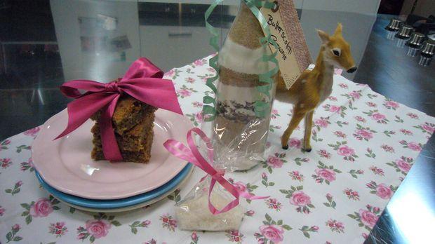 Eine tolle Geschenkidee von Enie: Backmischung im Glas für Butterscotch Brown...
