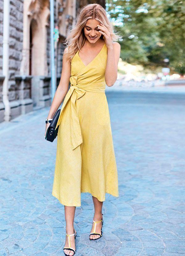 Yellow dress  d54584503d