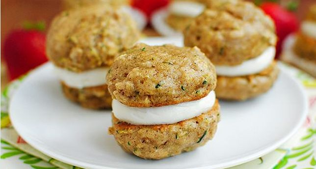 Zucchini Bread Cookie Whoopie Pies
