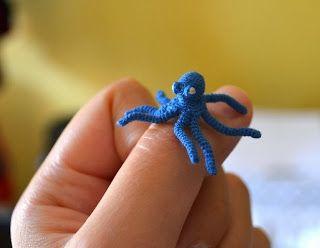 Micro-crochet octopus.  Tips and ideas.   ***Kim Lapsley Crochets: Some Basics on Micro-crochet