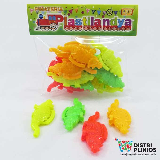 Pito cocodrilo Piñatería Divertidos pitos en forma en cocodrilo vienen en diferentes colores, ideal para relleno de piñatas. Medidas Alto:2.5 cms Largo:6 cms Ancho: 1 cms Para ventas al por mayor comuníquese al 320 3083208 o al 3423674 en Bogotá