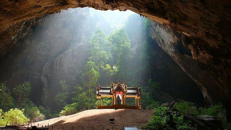 Phraya Nakhon Cave in Khao Sam Roi Yot National Park, Changwat Prachuap Khiri Khan, Thailand.