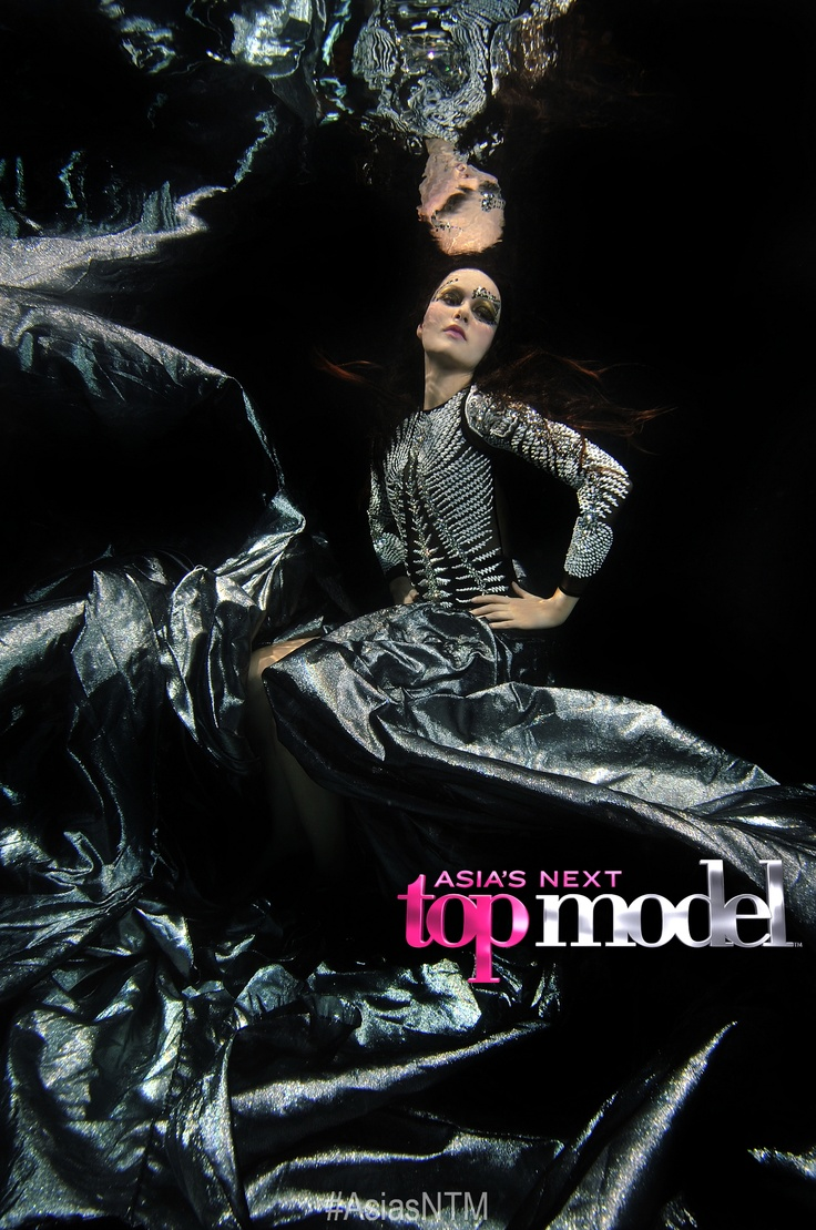 Eps. 9 Underwater Couture Mermaids - Jessica Best Photo