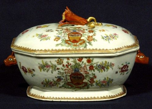 A Chinese Export Porcelain Famille Rose Octagonal Covered Soup Tureen - Hyde Park Antiques, Ltd.