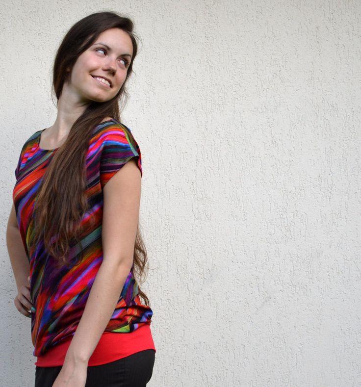 Zářivé úpletové tričko