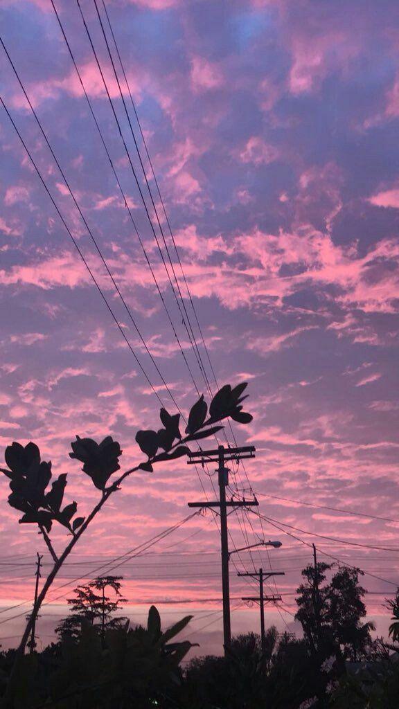 Wenn der Himmel ihre Farben zeigt, blicken die Menschen, die die Natur wirklich