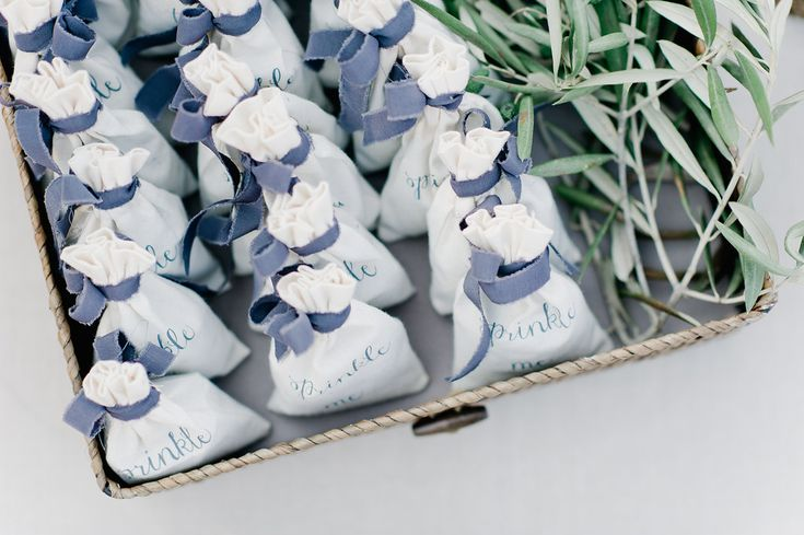 sachets with velvet ribbon - photo by Nadia Meli http://ruffledblog.com/breathtaking-greek-destination-wedding
