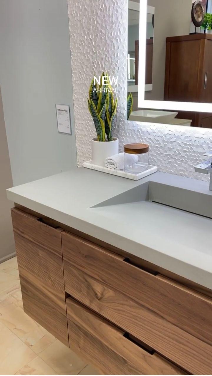 Bathroom Sink Design, Modern Bathroom Cabinets, Bathroom Design Luxury, Bathroom Layout, Bathroom Ideas, Modern Bathroom Vanities, Master Bathroom, Bathroom Vanity Drawers, Minimalist Bathroom Design